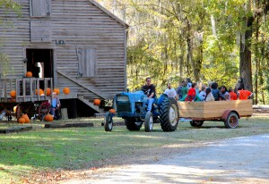 Visitor Guide, Kenan's Mill Festival hayride